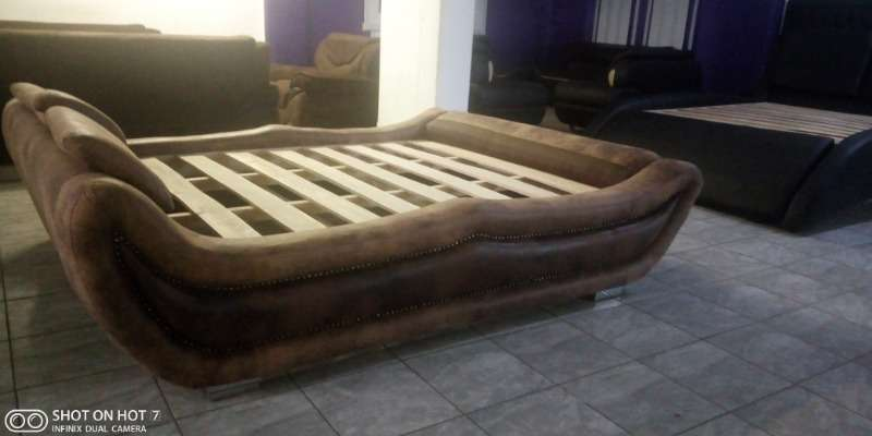 A Unique Base Bed